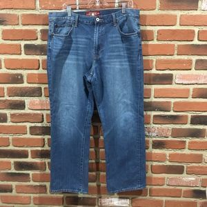 Lucky Brand Relaxed Straight Jeans sz 36 x 30